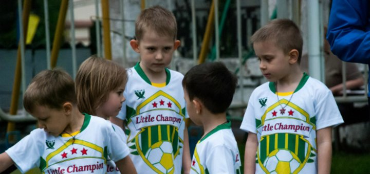 Скидка 50% на первый месяц обучения в футбольной школе «Little Champion»